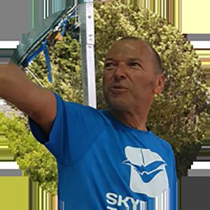 Nenad Pesut, skydiving tandem group, aeroklub tandem, skok padobranom škola padobranstva, Zagreb, Split, Hvar